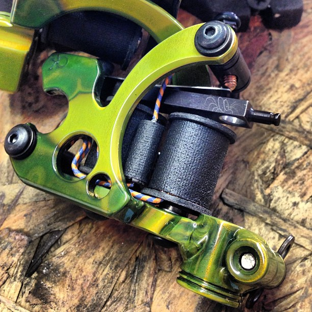 Honey Badger Slimer Green with 3 Piece Vice